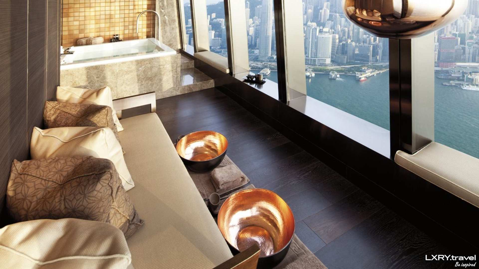 The Ritz-Carlton Hong Kong 38/53