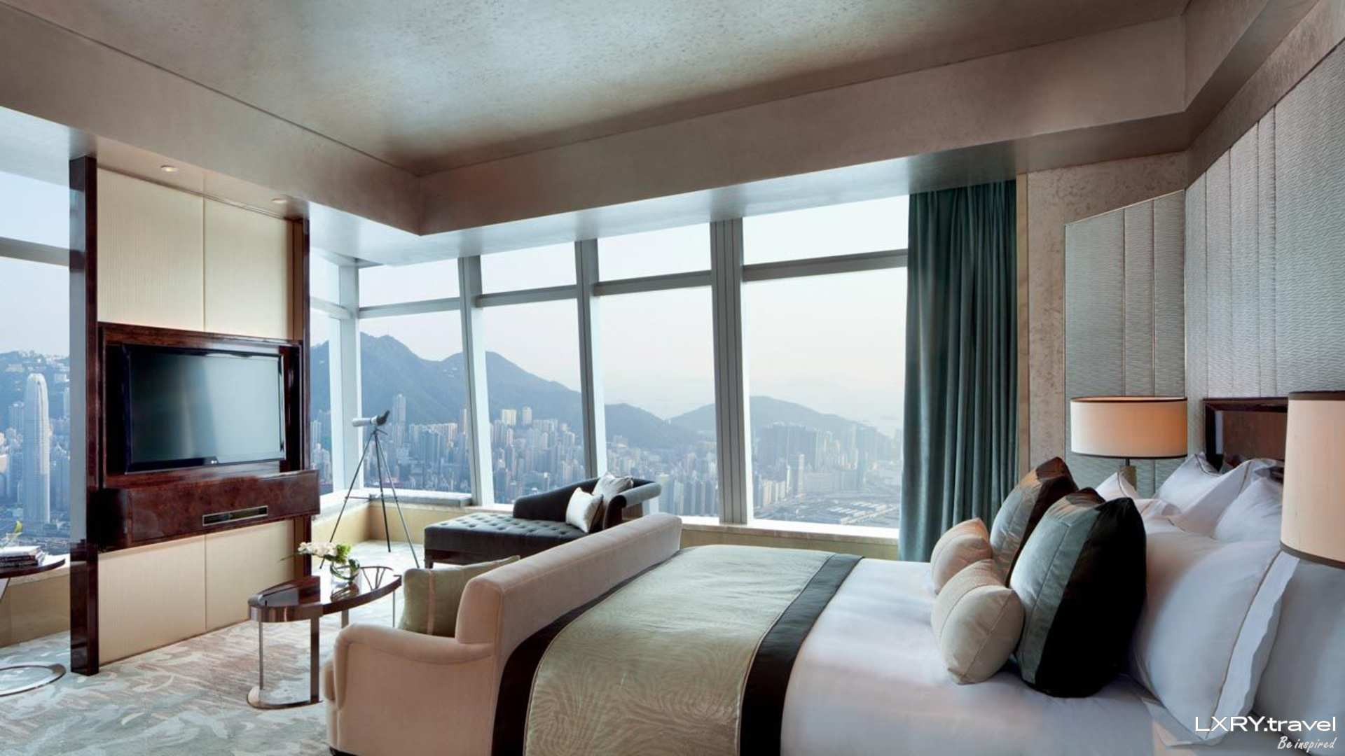 The Ritz-Carlton Hong Kong 1/53