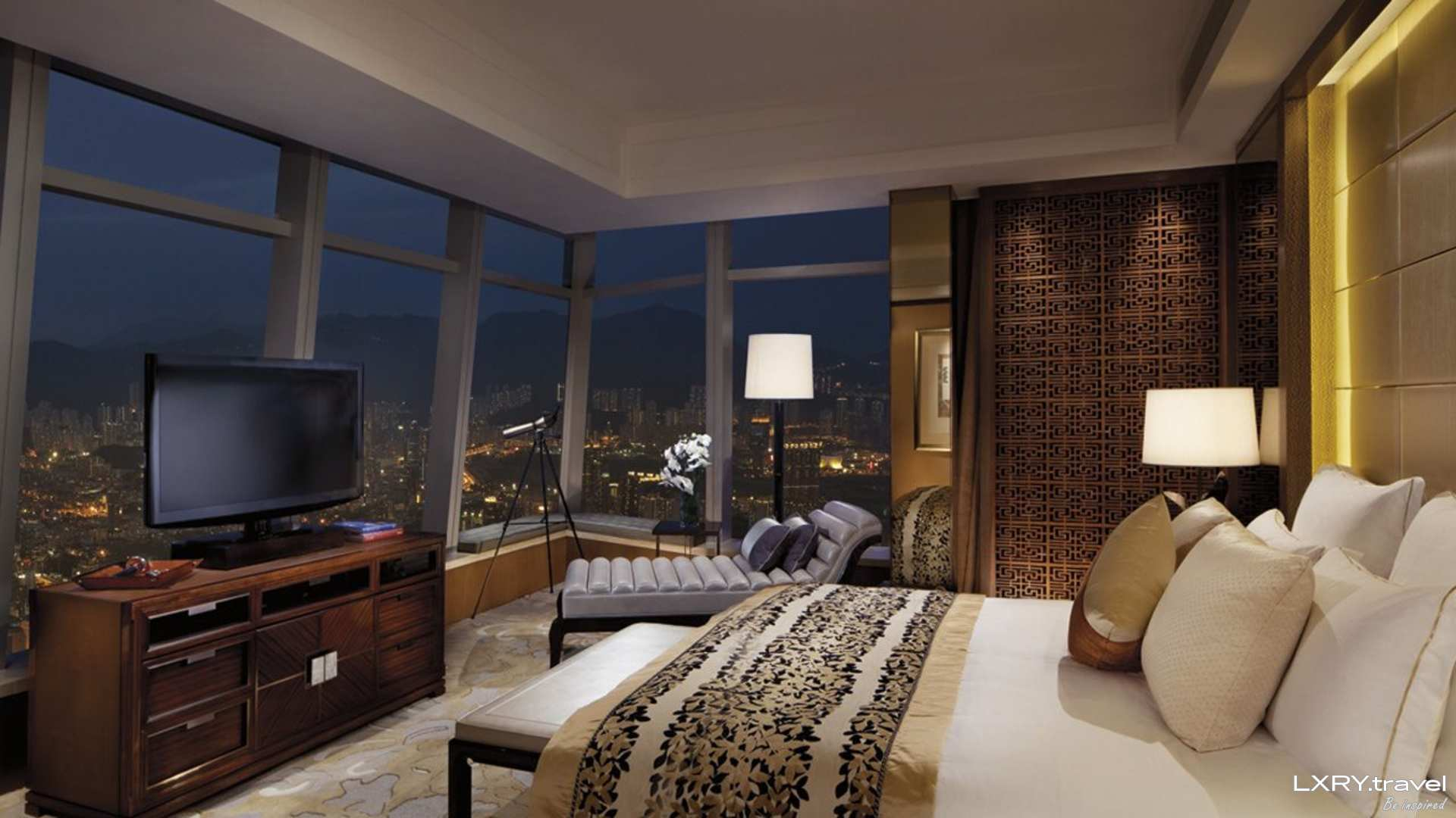 The Ritz-Carlton Hong Kong 8/53
