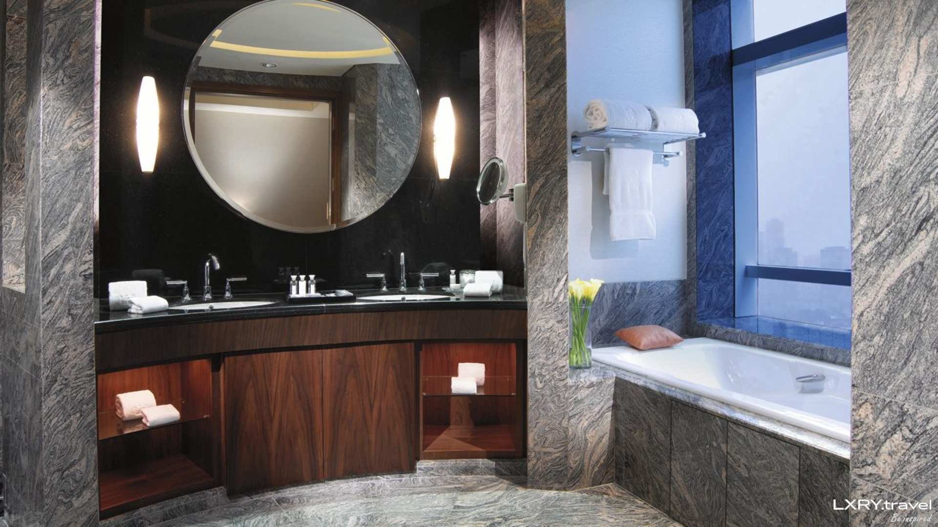 The Residences of The Ritz-Carlton Jakarta Pacific Place 3/29