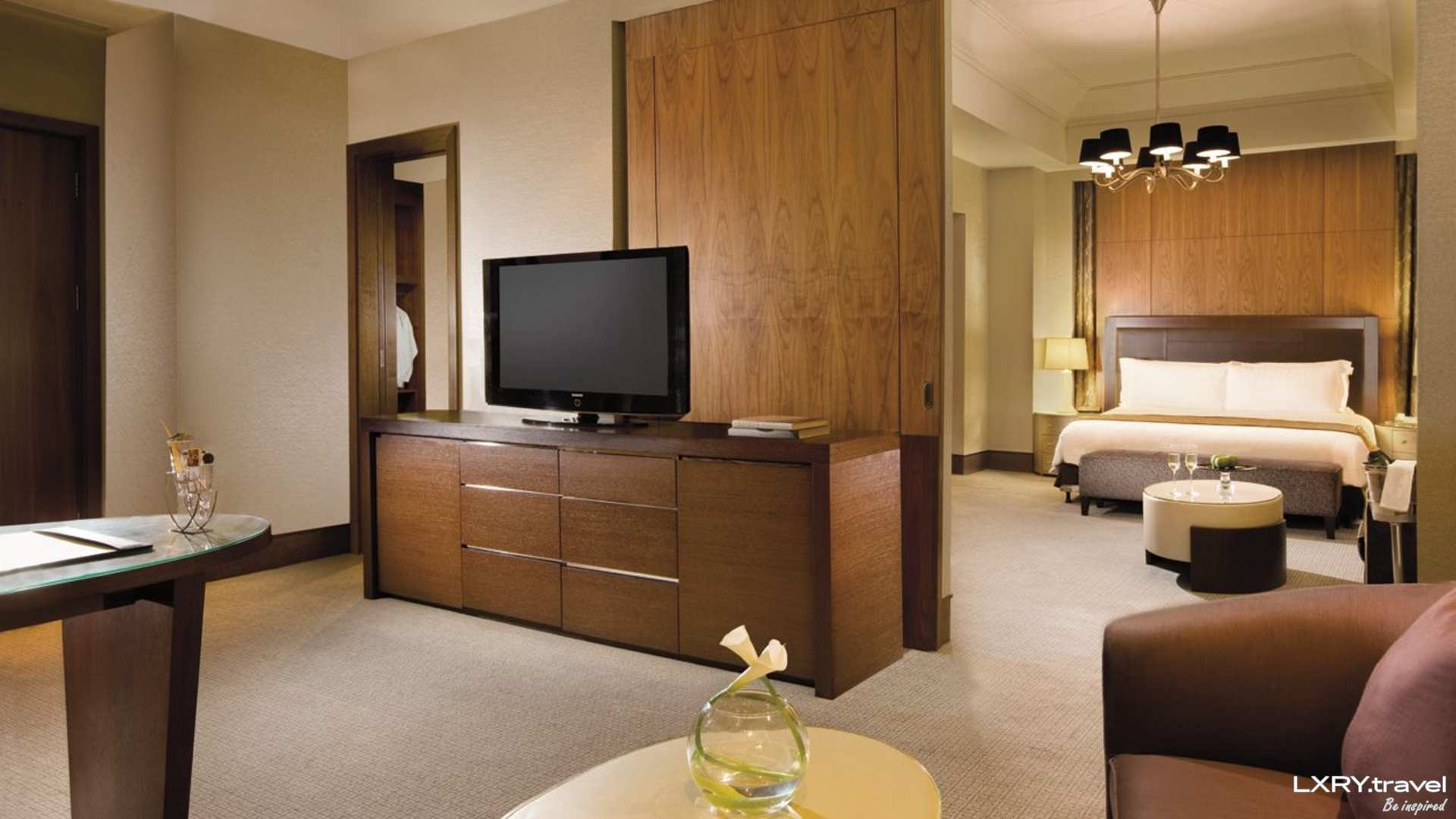 The Residences of The Ritz-Carlton Jakarta Pacific Place 11/29